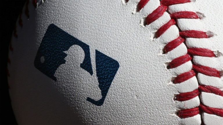 Fanatics agrees to be the exclusive MLB licensee