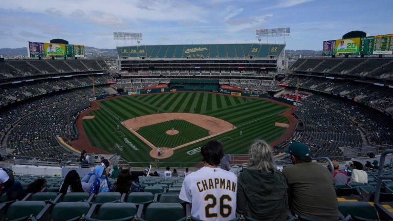 Athletics maintain ballpark plans for Oakland and Las Vegas