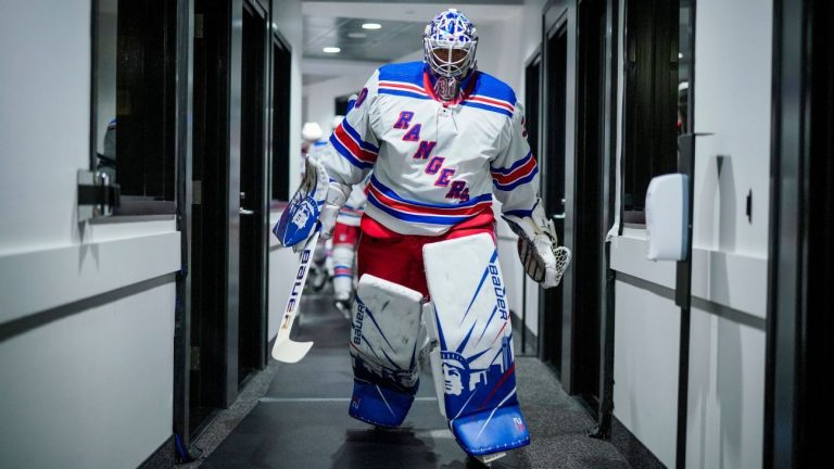 Henrik Lundqvist announced retirement to end his 15-year NHL hockey career
